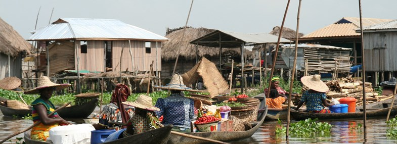 Circuit Benin - Jour 8 : Porto Novo - Ganvie - Cotonou - Paris