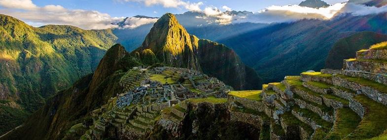 Circuit Pérou/Bolivie - Jour 4 : Aguas Calientes (2050 m) - Machu Picchu (2450 m) - Ollantaytambo (2740 m)