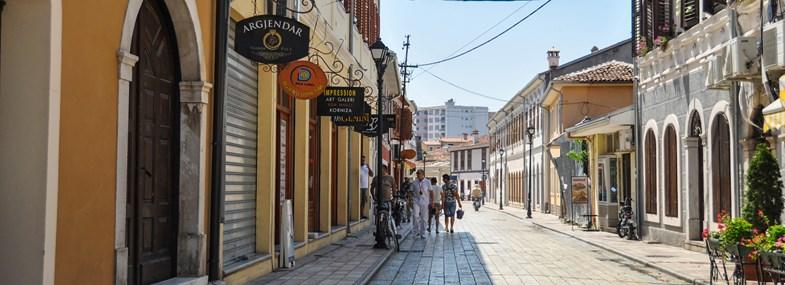Circuit Albanie - Jour 1 : Vol pour Tirana