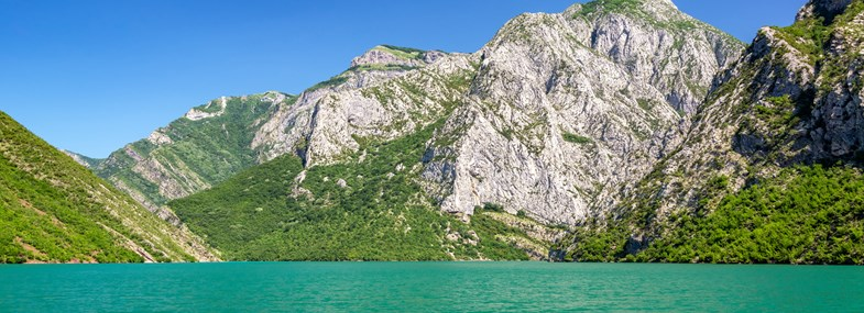Circuit Albanie - Jour 3 : Lac de Koman - Village de Valbona