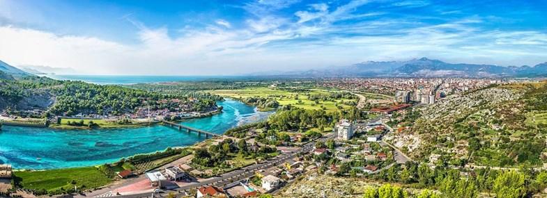Circuit Albanie - Jour 5 : Village de Theth par le Col de Valbona
