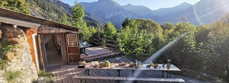 Circuit Rhône-Alpes - Jour 6 : Land'art et baignade au bord de la Bléone