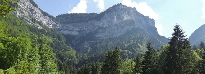 Circuit Rhône-Alpes - Jour 5 : Le cirque de Saint Même (860 m)