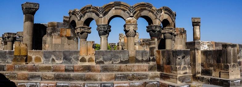 Circuit Arménie - Jour 2 : Erevan - Etchmiadzine - Zvarnots - Erevan