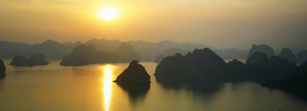 Voyage celibataire Baie Halong